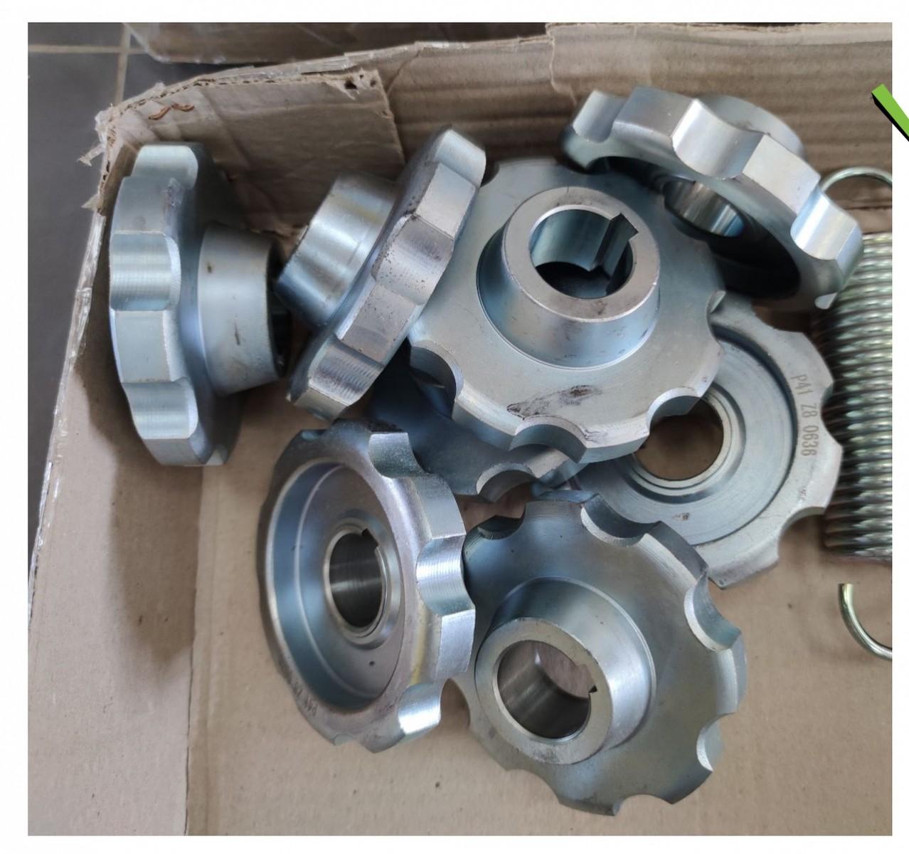 Зрочка Dominoni 12608 11528 Z8 D30mm приводна мисового ланцюга CA550